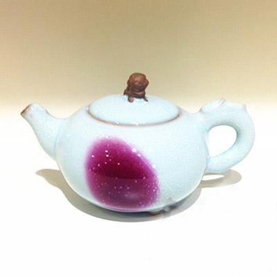 中国红狮钮壶 垕彩实业中国红钧瓷-狮首壶