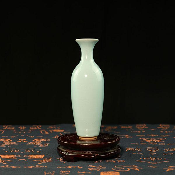柳叶瓶-天青色柳叶瓶花插/花器/釉面质感如翡翠