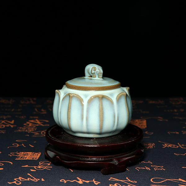 茶叶罐-月白釉象钮莲花茶叶罐/钧瓷高档茶叶罐
