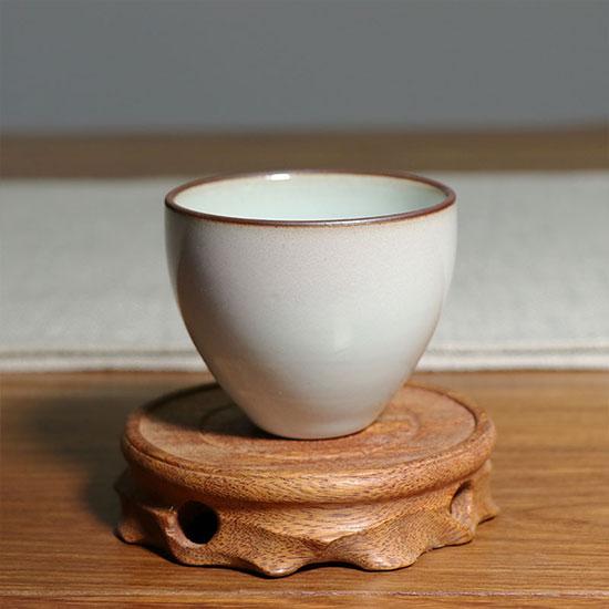 鸡心杯-三味瓷屋手工单杯/支钉烧圈足满釉月白釉鸡心杯