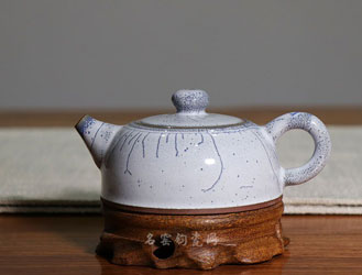 钧瓷壶:温养一把钧瓷时光