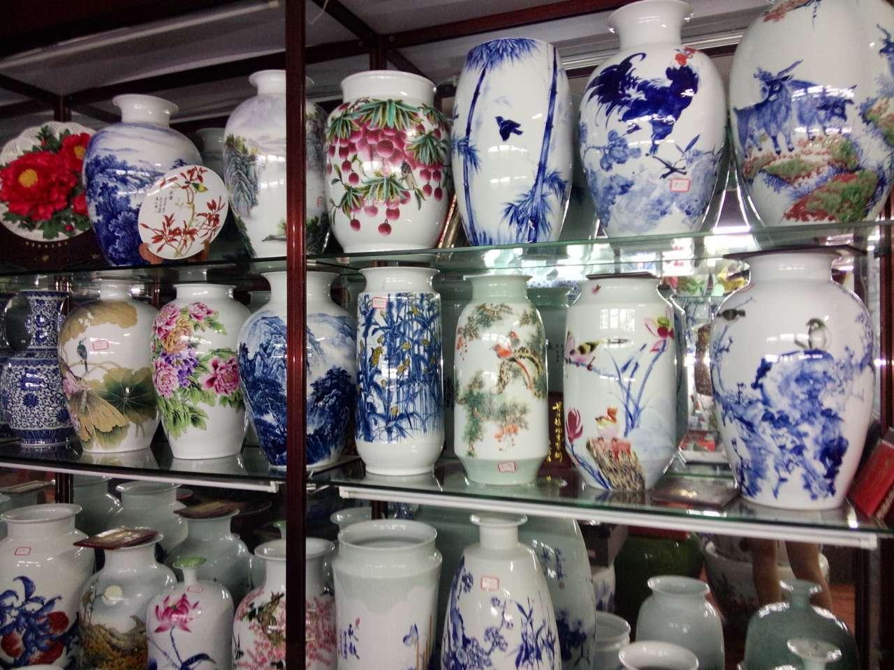 集雅斋--济南青花瓷--货架展示