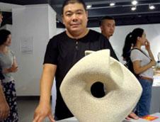 刘志军摘得首届CHINA-中国陶瓷艺术设计大展金奖