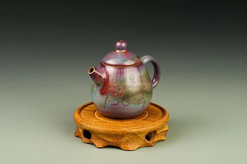 小高梨壶-白胜利-壶型相似梨状,故得名高梨壶