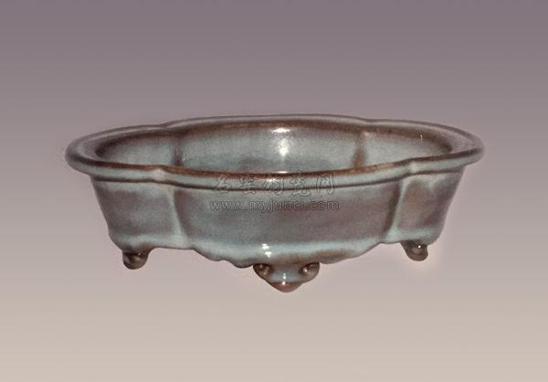 十大宋代传世钧瓷-北宋钧窑:月白釉海棠式盆托
