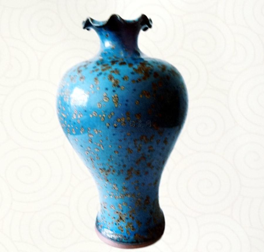 赵松义大师钧瓷作品《荷口梅瓶》