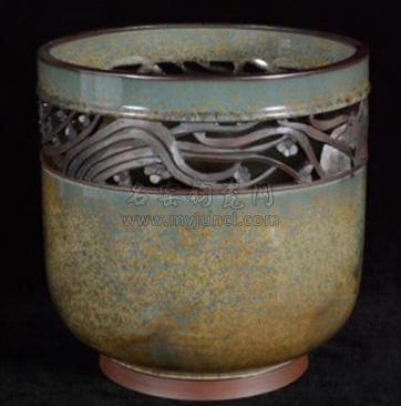 神州钧窑钧瓷作品——《镂空罗汉钵》