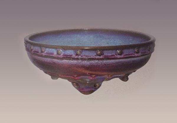 宋代钧瓷鼓钉洗·现藏上海博物馆