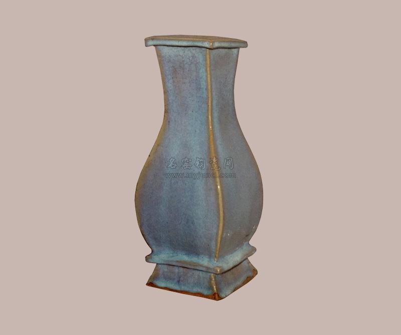 元代钧瓷:方瓶
